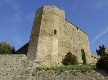 Old city walls and fortress – Montalcino (SI)